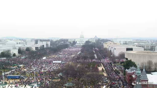 natl_mall_womensmarchnoon_earthcam_1